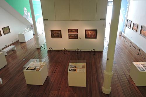 Sala del Museo Figari