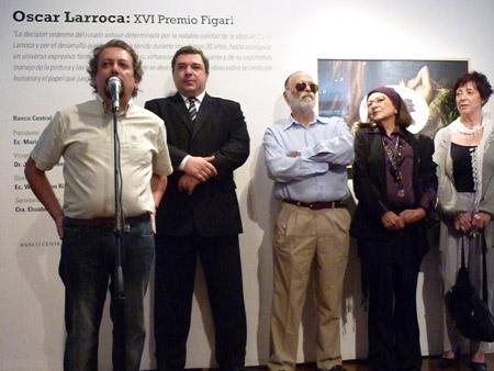 Oscar Larroca, Ec. Mario Bergara Presidente del BCU y miembros del jurado Jorge Abbondanza, Agueda Dicancro y Tatiana Oroño